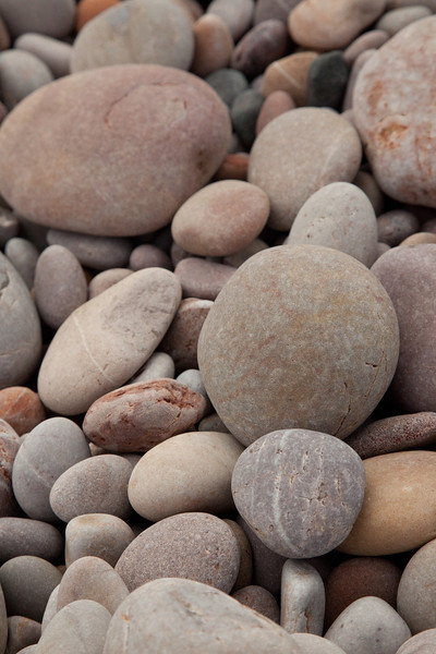 no sand - just pebbles !
